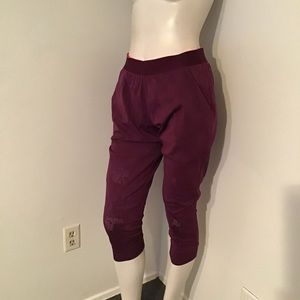 Under Armour Crop Joggers Built in Shorts S